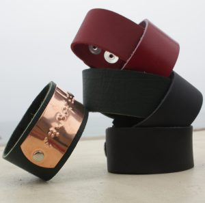 Smooth leather cuffs